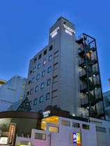 TOKIO's HOTEL外観(夜景)