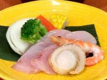 【海鮮陶板焼き】新鮮な海の幸を召し上がれ♪(料理写真はイメージです)