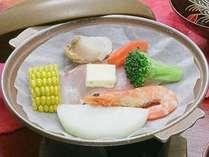 【海鮮陶板焼き】海の幸をお楽しみください♪(料理写真はイメージです)