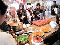 市場体験ツアー!市場で食す朝げは、新鮮すぎて最高にうまい!