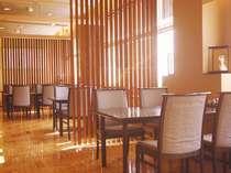 2階「思季亭」郷土料理から各種会席、そしてフランス料理まで四季折々の旬がお楽しみいただけます♪