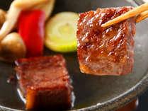 「やっぱりお肉も食べたい!」方、必見♪黒毛和牛の陶板焼き付き