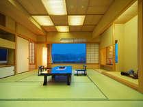 【特別室和洋室】眼下に竜馬の生まれたまちを望み、ゆとりあるお部屋で上質の寛ぎ。