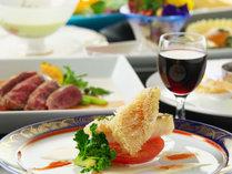 お箸で食べるふらんす会席※月ごとにメニューが変わります。