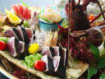 【皿鉢料理】鰹のタタキはもちろん、伊勢海老姿造りや室戸金目鯛、新鮮な旬魚のお刺身を存分に味わう