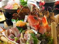 【土佐銘魚5種盛り合わせ皿鉢】料理長厳選!地元漁師さんから直接仕入れた秋ならではの魚をたっぷり堪能♪