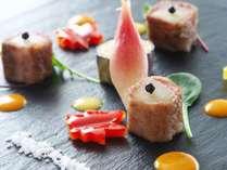 【高知県産梨の黒毛和牛ロール】新鮮な梨の甘味と黒毛和牛のジューシーな旨味があわさり絶妙な味わい♪