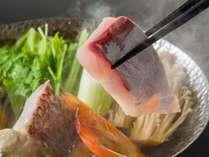 【宗田節出汁鍋】土佐鯛と旬魚の旨味が宗田節のお出汁にぎゅっと凝縮!冬にぴったりなあったか味覚鍋を堪能