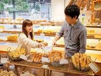 【ドンク】食事パンからスイーツパンまで取り揃えております!