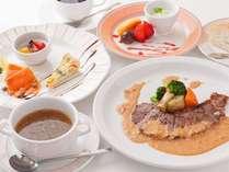 【ご夕食】カジュアルディナー◆お箸でもお召し上がりいただけるコース料理をご用意しております!