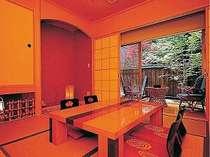 落着いた雰囲気の客室