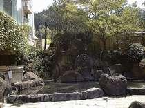 2号館男性大浴場「月の雫」露天風呂