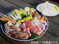 BBQ食材一例(お肉類・魚介類・お野菜などの4名様盛り)