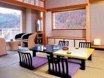 【和室一例】パステル調のやわらかなインテリアの客室一例。バスは展望風呂です。(2号館)