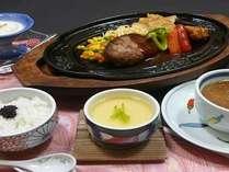 お子様料理 ハンバ-グがメインの洋風料理