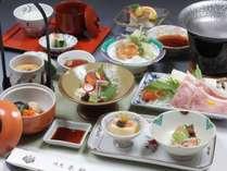 日光名物湯波や地元の山野菜を活かした会席料理(一例)