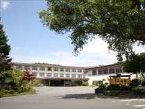 ※青森県最大級の規模を誇る「ホテル十和田荘」