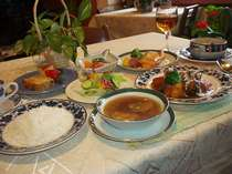 ステーキorビーフシチューorしゃぶしゃぶの日替わり夕食(ビーフシチュー例)