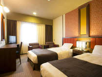 ◆ツインルーム:広さ約18~22平米に幅100cmのシングルベッド2台があるゆとりあるお部屋です。