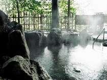 自家掘り源泉100%・露天風呂の湯けむりがステキです