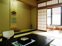 ■庭準和室12畳~(バス付・ウォシュレット完備)