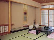 ■和室10畳~(ウォシュレット完備)