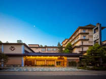 ■外観■金沢まで20分の好立地♪小松駅からの無料送迎も承ります。