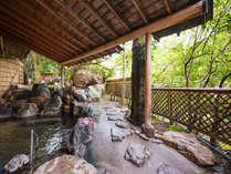 ■殿方露天風呂~隠れた名湯「粟津の湯」は、開湯1300年~