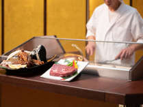 ★柔らかジューシーなステーキはいかが?★(食材は一例です)