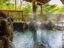 ■露天風呂■隠れた名湯として有名な『粟津温泉』当館では8種類の湯めぐりをご用意。