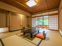 ■和室12.5畳■客室に入るとふんわりと井草の香りがお客様を包み込みます。