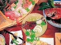 金目鯛、伊勢えびのお造り、舟盛の夕食(料理一例)