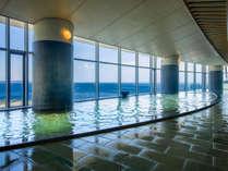 大展望風呂「海望の湯」日中は真っ青な相模灘と市街を一望!