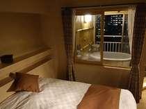 <展望風呂付和洋室一例>あなただけの温泉がお部屋の中に。