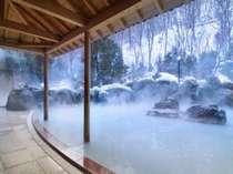 雪の中の露天風呂♪