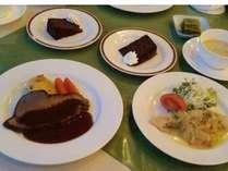 夕食フルコースの1例