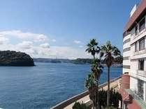目の前に広がる平戸海峡の替わりゆく海景色を眺めながらごゆっくりとお過ごしください。。。