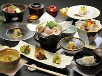 【グレードUP夕食付】朝はゆっくり自分時間 特選料理の夕食をご用意いたします。