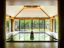 【大浴場】古くから美肌の湯として知られる玉造温泉の効能は「出雲国風土記」にも記されているほど