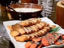 夕食だけではなく朝食もお楽しみください!手作りの美味しい品々に舌鼓♪