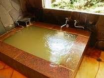 八ヶ岳の豊かな源泉から直接引いた天然温泉