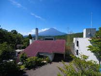 ◆外観◆山中湖の丘にあり天気のいい日には富士山を望むことができます