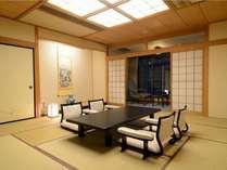 特別室1304号室「和室10畳」~心安らぐ和の上質な佇まいで、団欒の時を特別な時間に演出。