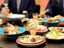 四季折々、旬食材の数々が、気の置けない仲間と楽しい会話に華を添える。※写真はイメージです