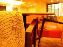 レストランの新たな空間は自然のぬくもりを感じるスペースになりました♪