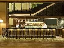 B1Fバルの営業は21:00~24:00まで!美味しいお酒とおつまみご用意しております