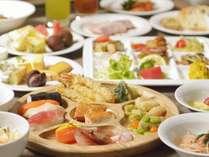 ≪スタンダード≫ 石窯焼きピザやグリル料理を堪能♪ 夕食は『ライブビュッフェ』プラン