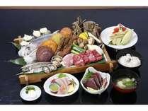 健康で新鮮な素材で、優美で素朴な郷土料理の海賊焼き(料理例)