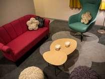 """【コンセプトフロア""""麗""""】デラックスツインルーム:梅の花を基調としたデザインのお部屋です☆"""