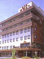サウナ・24h天然温泉・全室無料LAN接続★温泉街より徒歩5分の閑静なビジネスホテル